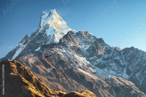 Valokuvatapetti Fish Tail (Machapuchare) - one of the most beautiful peaks of the Himalayas