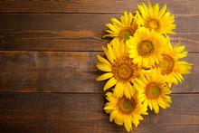 Many Beautiful Bright Yellow S...