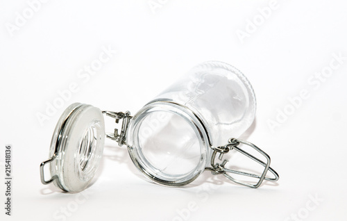 Glas mit Schnappverschluss