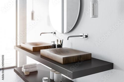 Cuadros en Lienzo  Double sink side view, concrete bathroom