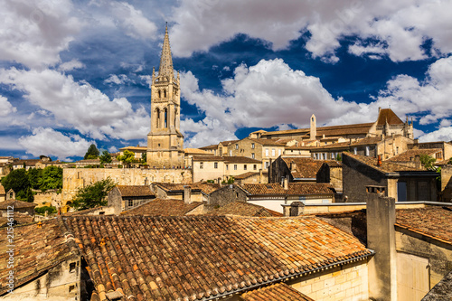 Canvas Print View of the bell tower of the monolithic church in Saint Emilion, Bordeaux, Fran