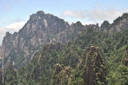 Spoed Foto op Canvas Khaki Huangshan, The Yellow Mountain, in Anhui, China
