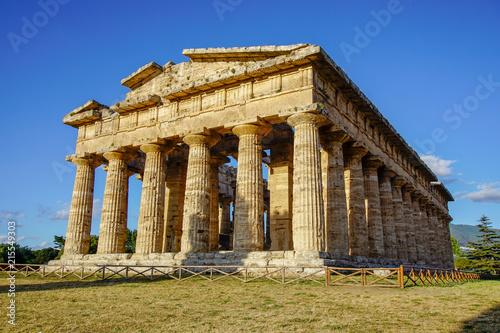 Fotobehang Bedehuis Paestum Italy Summer Temple Love