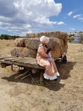 Prairie Pioneer Girl Bonnet