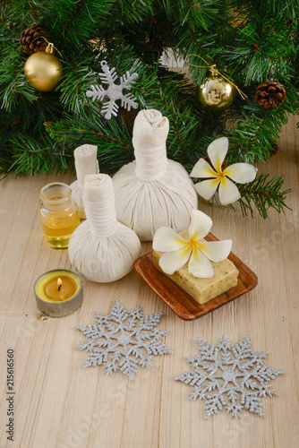 Keuken foto achterwand Spa Christmas spa with Composition of treatment and wooden background