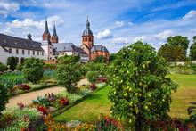 Kräutergarten Und Einhardsbas...