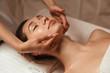 Leinwanddruck Bild - Young woman getting spa treatment