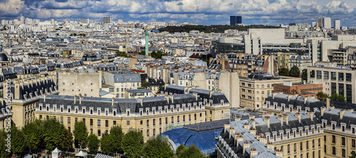 Foto auf AluDibond Paris Paris aerial view before the storm. France.