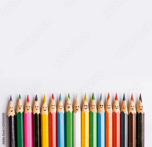 Ταπετσαρία τοιχογραφία colored pencils on a gray background