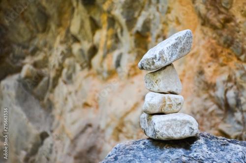 Photo sur Plexiglas Zen pierres a sable stone tower in a mountain gorge