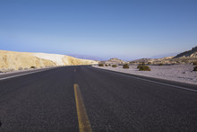 Road In Death Valley National ...