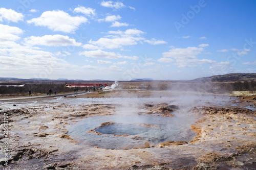 Staande foto Vulkaan Strokkur geysir eruption at the Geysir geothermal Park in Iceland