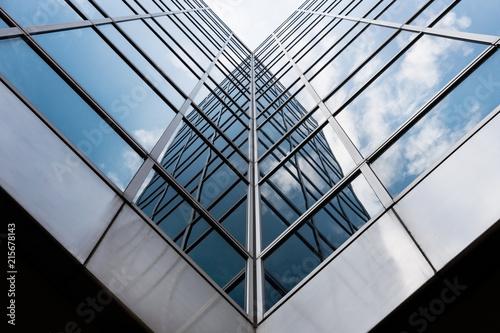 Poster Batiment Urbain Architecture immeuble building vitre reflet perspective avenir banque entreprise travail quartier affaire