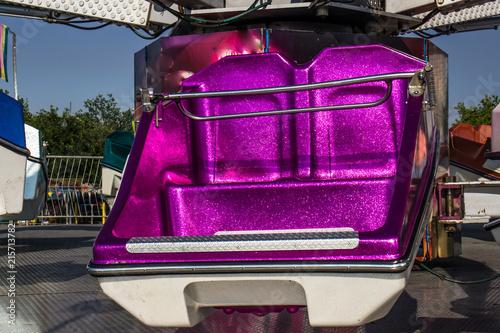 Foto  Close Up Of Amusement Ride Bucket Seating