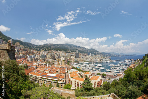 Photographie  historic; mountain; old; sky; famous; panorama; roof; rich; principality; bay; s