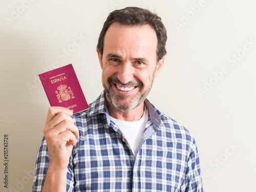 I can get up in spanish passport