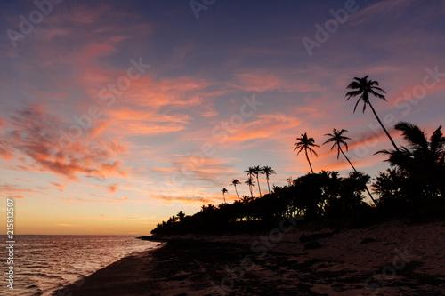 Staande foto Oceanië Sunset on the Coral Coast of Fiji
