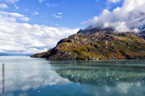 Rock formation in Glacier Bay National Park & Preserve, Alaska Fototapeta