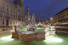 Fontana Del Moro Fountain, Fon...