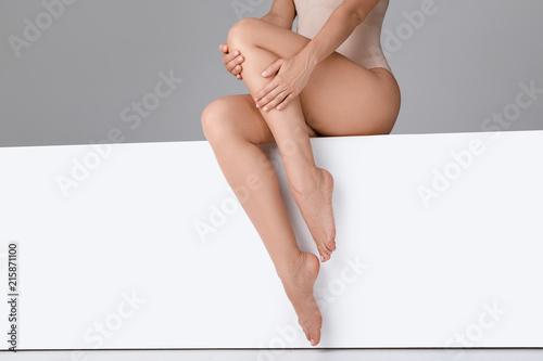 Fototapeta beautiful woman with slim legs obraz na płótnie