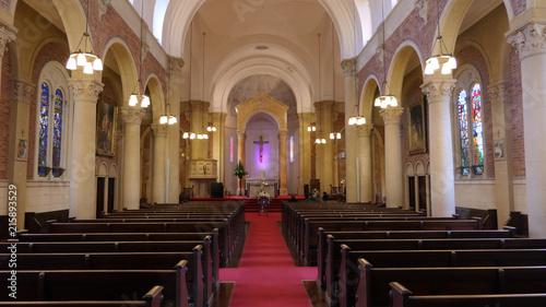 Fotografia shot of religious chapel or funeral home for funeral service