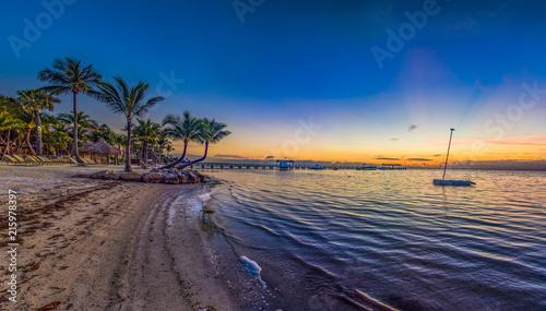 Valokuva  Islamorada Florida Keys Resort Panorama at Sunrise