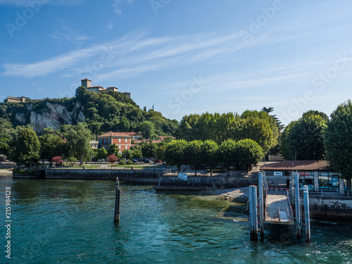 Fotografia, Obraz  lake maggiore, Italy. The castle of Angera on the hill