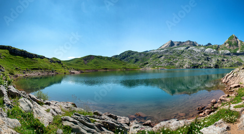 Aluminium Prints view of lake Estaens in the Pyrenees mountains