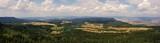 Panorama z górskiego szczytu, Szczelińca Wielkiego w górach Stołowych - wycieczka po Dolinie Kłodzkiej