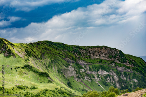 Fotobehang Bleke violet В горах Кавказа.