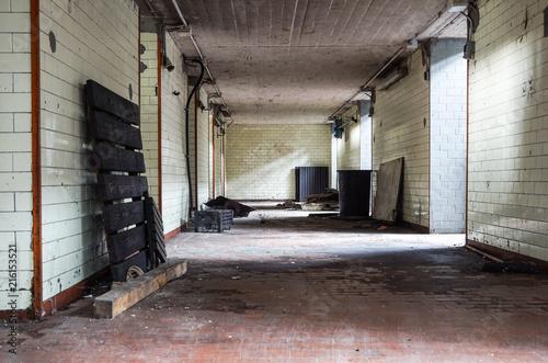 Foto op Aluminium Oude verlaten gebouwen Interior of old factory buildings abandoned