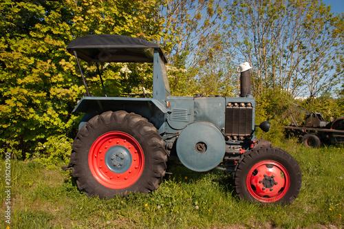 Photo  Oldtimer Traktor
