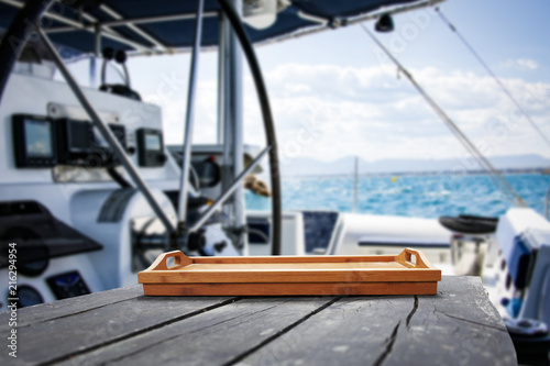 Staande foto Hoogte schaal desk of free space for your decoration and yacht background.