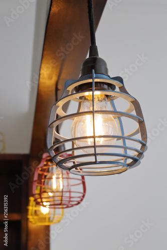 lampe suspension avec ampoule led design industriel lanterne Wallpaper Mural
