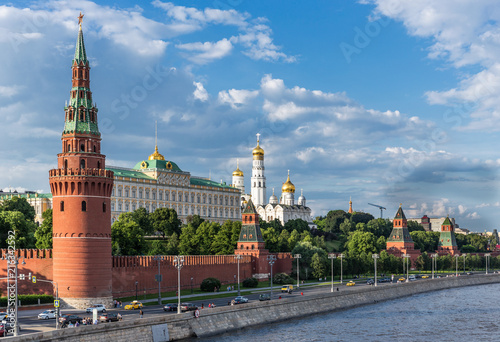 Fototapety, obrazy: View of the river Moscow Kremlevskaya Embankment and towers of the Moscow Kremlin