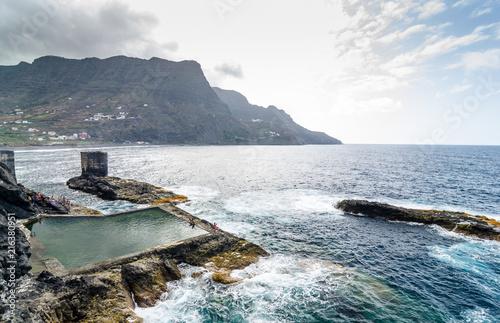 Tuinposter Canarische Eilanden Natural pool in La Gomera island, Canary Islands