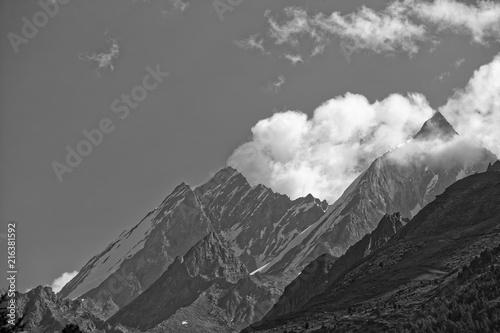 Staande foto Grijs Sunny day in Zermatt, Switzerland