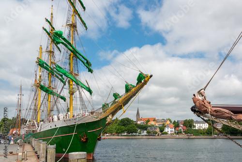 Die Alexander von Humboldt im Eckernförder Hafen