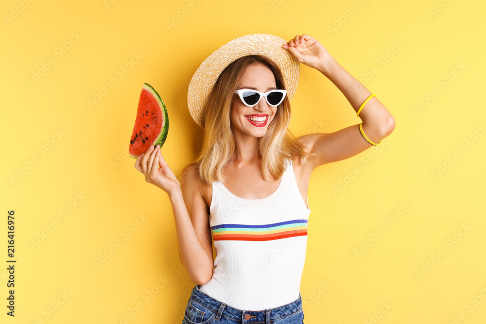 Fototapety, obrazy: Pretty young woman with juicy watermelon on color background
