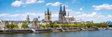 Köln Skyline Panorama Im Sommer