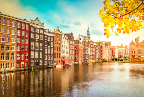 Keuken foto achterwand Historisch geb. Typical dutch historic houses over autumn canal, Amsterdam, Netherlands
