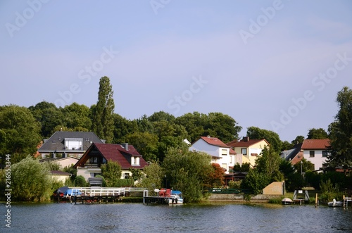 In de dag Noord Europa Navigation sur l'Havel de Magdebourg à Potsdam (Allemagne)