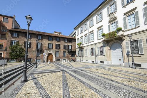 Fotografie, Obraz  Milano Piazza Borromeo centro storico