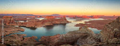 Foto op Aluminium Diepbruine Panoramic sunset landscape at Lake Powell, Utah, USA.