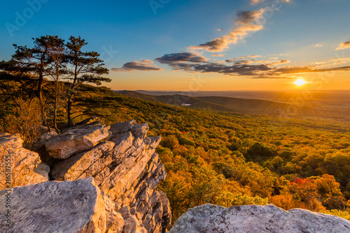 Sunset view from Annapolis Rocks, along the Appalachian Trail on South Mountain, Canvas Print