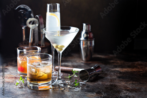 Fotografie, Obraz Variety of alcoholic cocktails