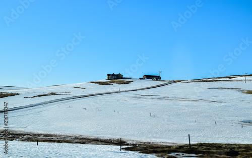 Papiers peints Arctique House in a snow