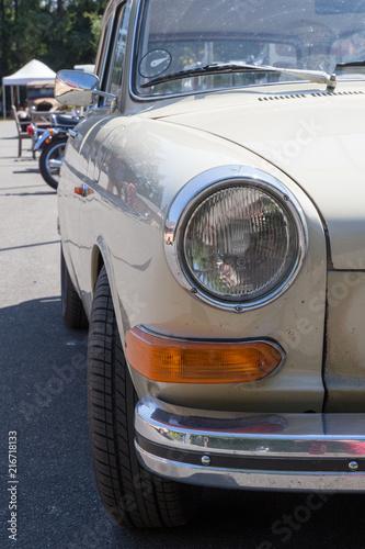 Poster Vintage voitures Scheinwerferlicht / Vorderleuchte von einem Oldtimer