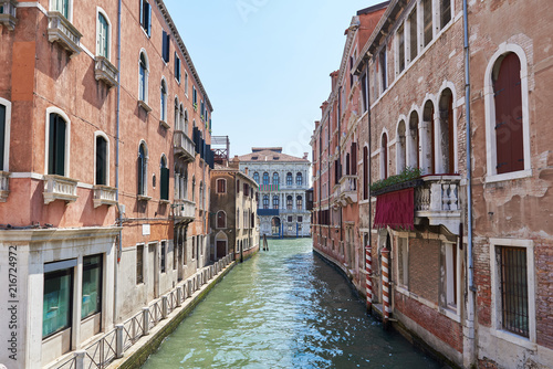 Foto op Plexiglas Venetie Scenic canal with colorful ancient buildings in Venice, Italy. Sommer.