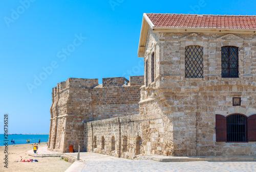 Foto op Plexiglas Cyprus Cyprus, Larnaka / Larnaca, Beach Castell / Larnaca medieval Castle / Fort